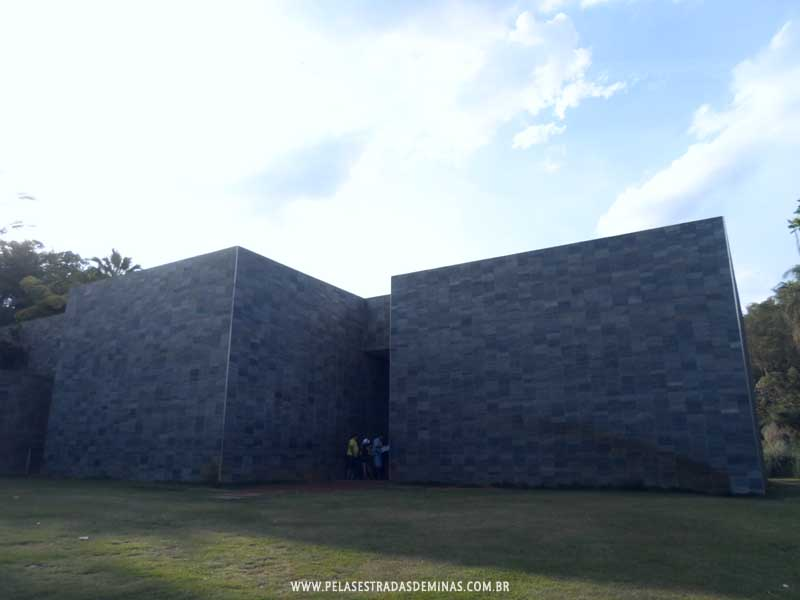Instituto Inhotim - Galeria Cosmococa