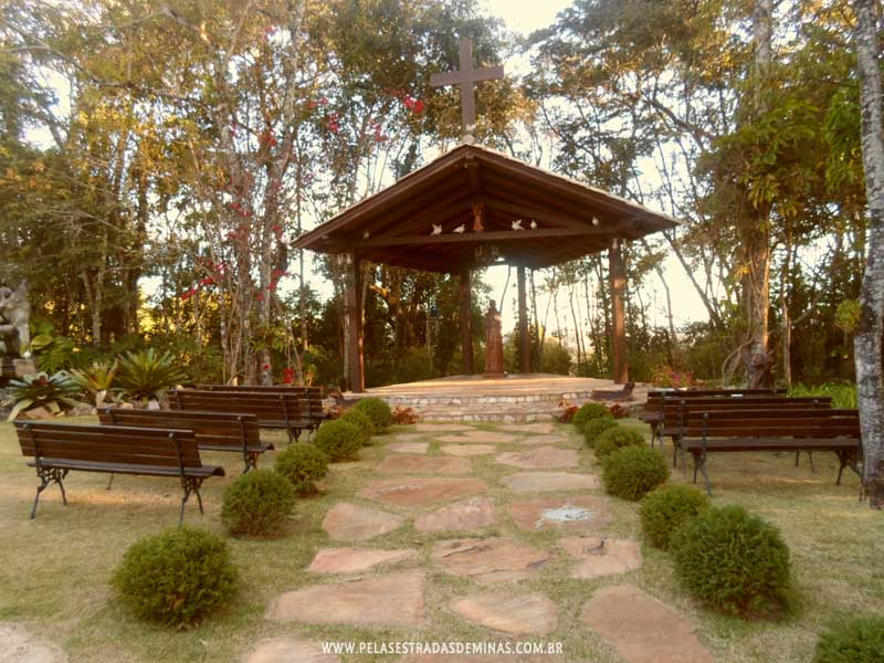 Foto: Capela São Francisco de Assis - Pousada Encanto de Glaura - Ouro Preto