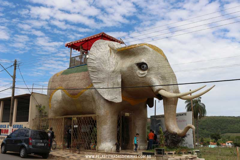 Foto: Cordisburgo - Casa Elefante