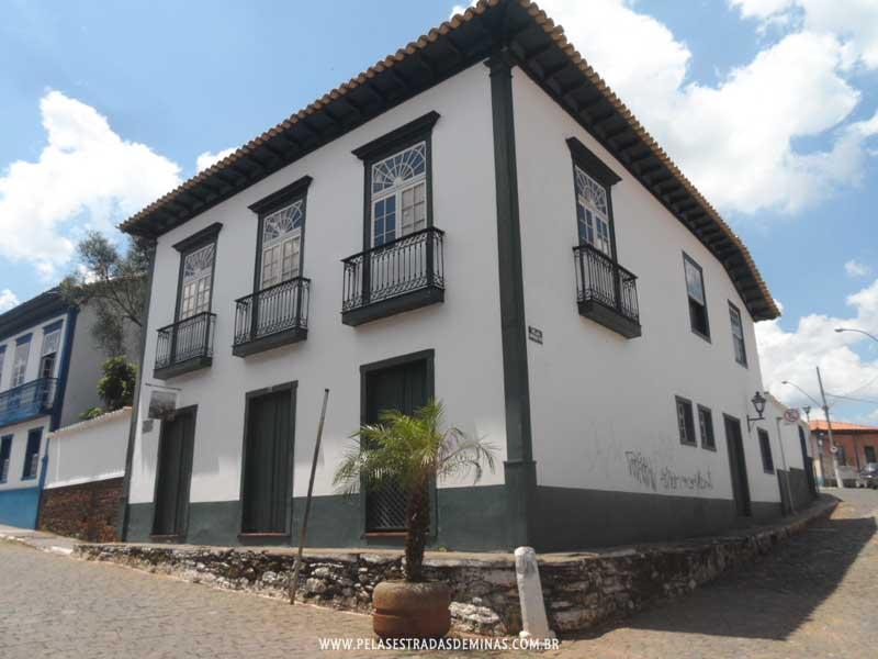 Foto: Sabará - Casarões da Rua Pedro II