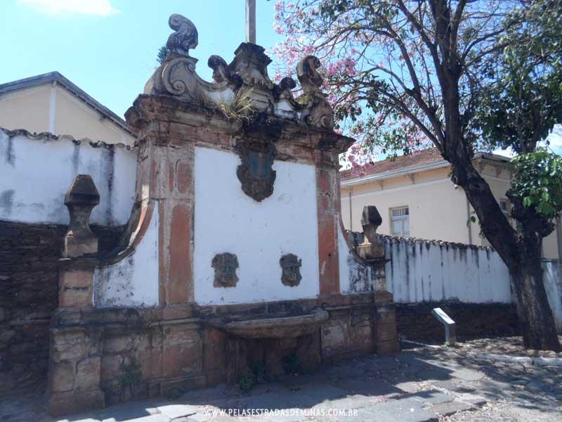 Foto: Sabará - MG - Chafariz do Rosário