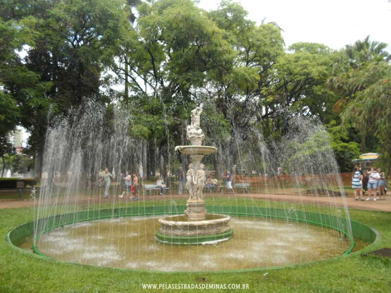 Foto: Praça da Liberdade - Fonte Luminosa