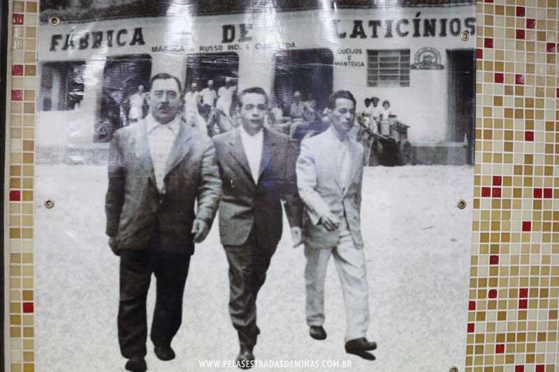 Galeria de fotos antigas expostas contam a história do Memorial Cotochés