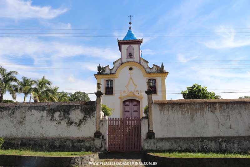 Igreja Sant'Ana em Cocais - MG