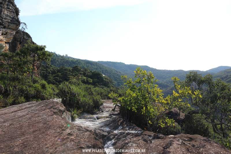 Trilhas para Pedra Pintada e Cachoeiras em Cocais - MG