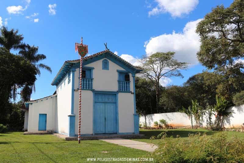 Igreja de São Sebastião – São Sebastião das Águas Claras – Macacos