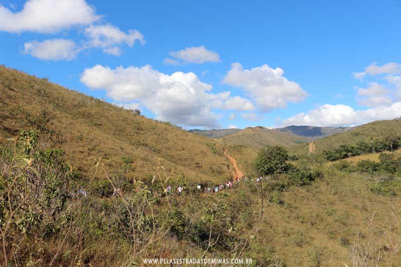 Trilhas e Montanhas em Macacos - MG