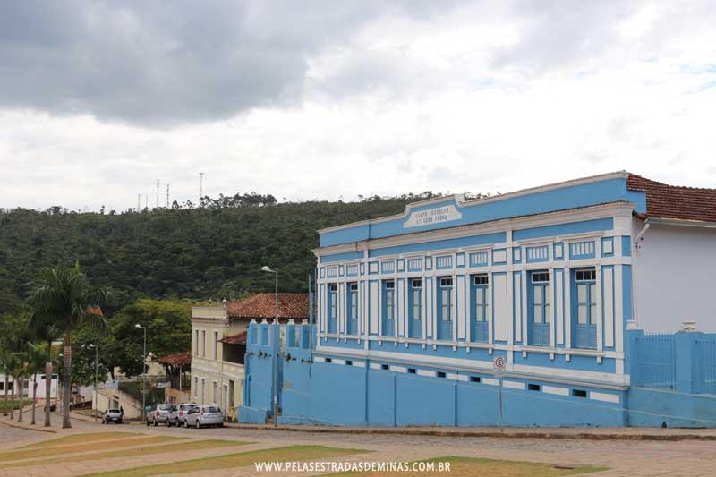 Grupo Escolar Afonso Pena em Santa Bárbara - MG