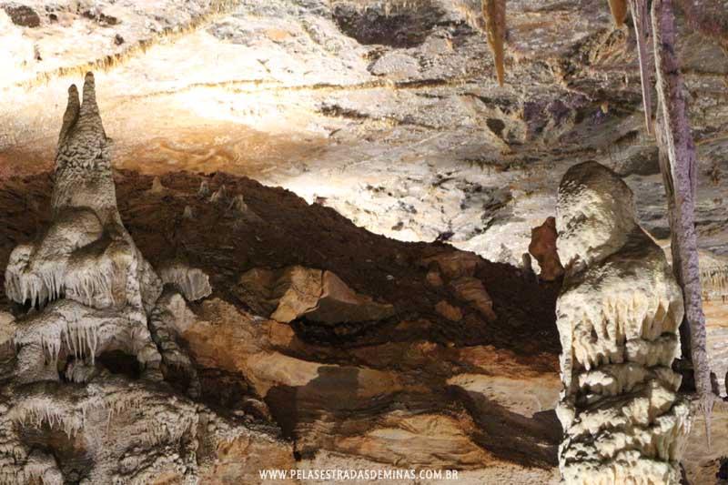 Interior da Gruta Rei do Mato em Sete Lagoas - MG