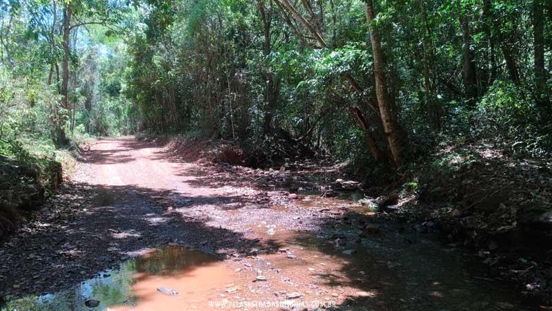 Estrada de acesso a Cachoeira Santo Antônio - Raposos-MG