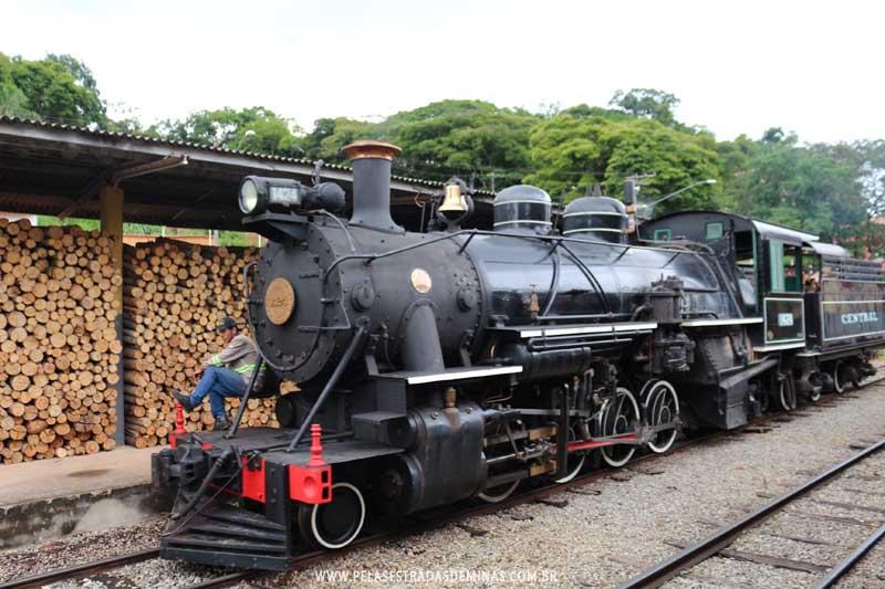 Locomotiva 1424 - Maria Fumaça São Lourenço - MG