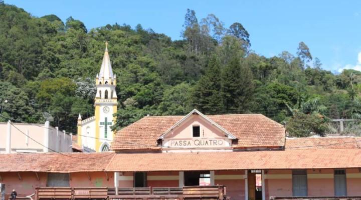 Passa Quatro Minas Gerais fonte: pelasestradasdeminas.com.br